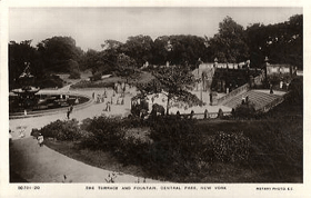 The Terrace and Fountain, Central park, New York (pohled)
