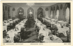 New York - Ambassador hotel- The Renaissance restaurant (pohled)