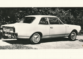 Opel Rekord L700 L (pohled)
