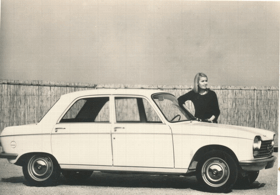 Peugeot 204 Grand Luxe (pohled)